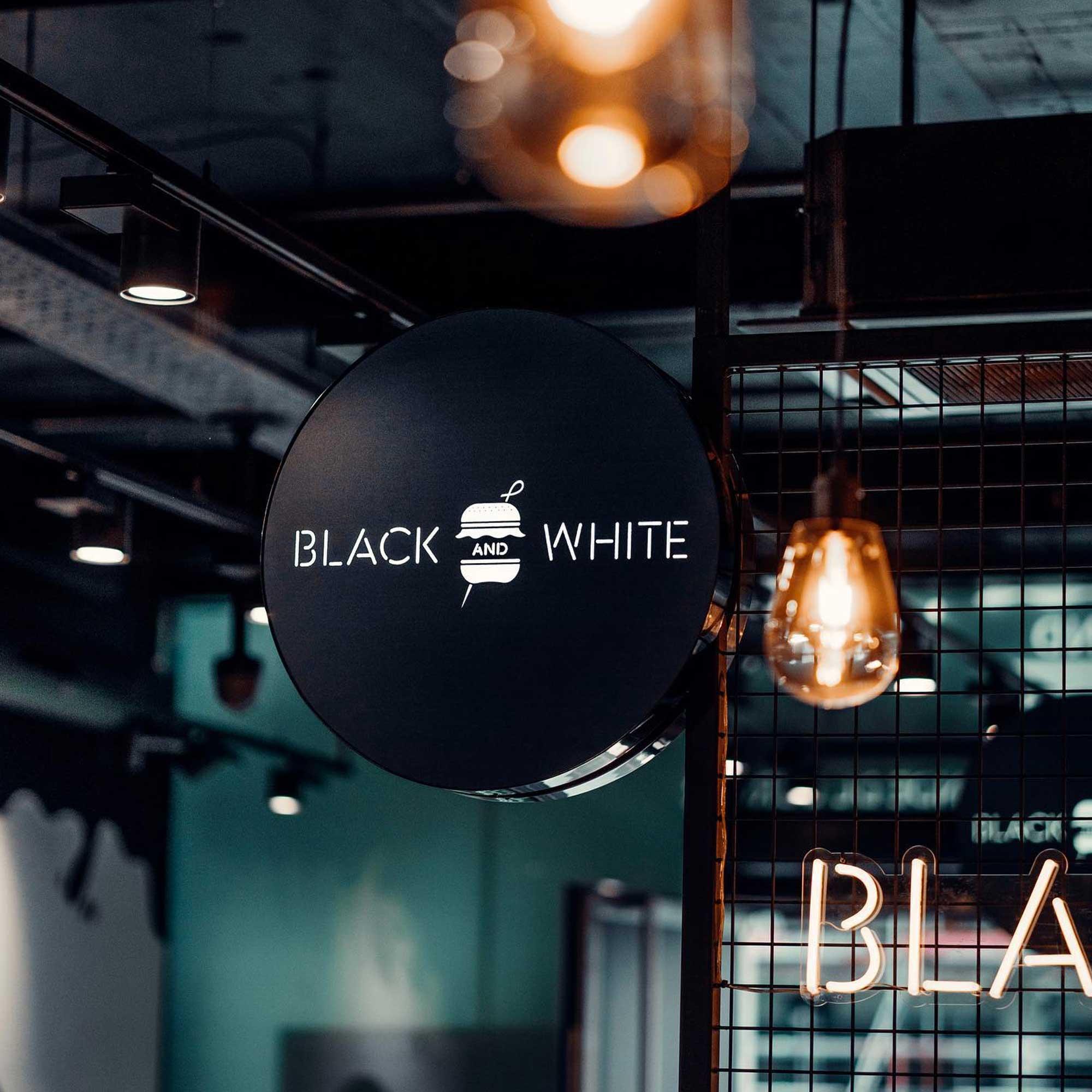 Opening van Black & White Belgium